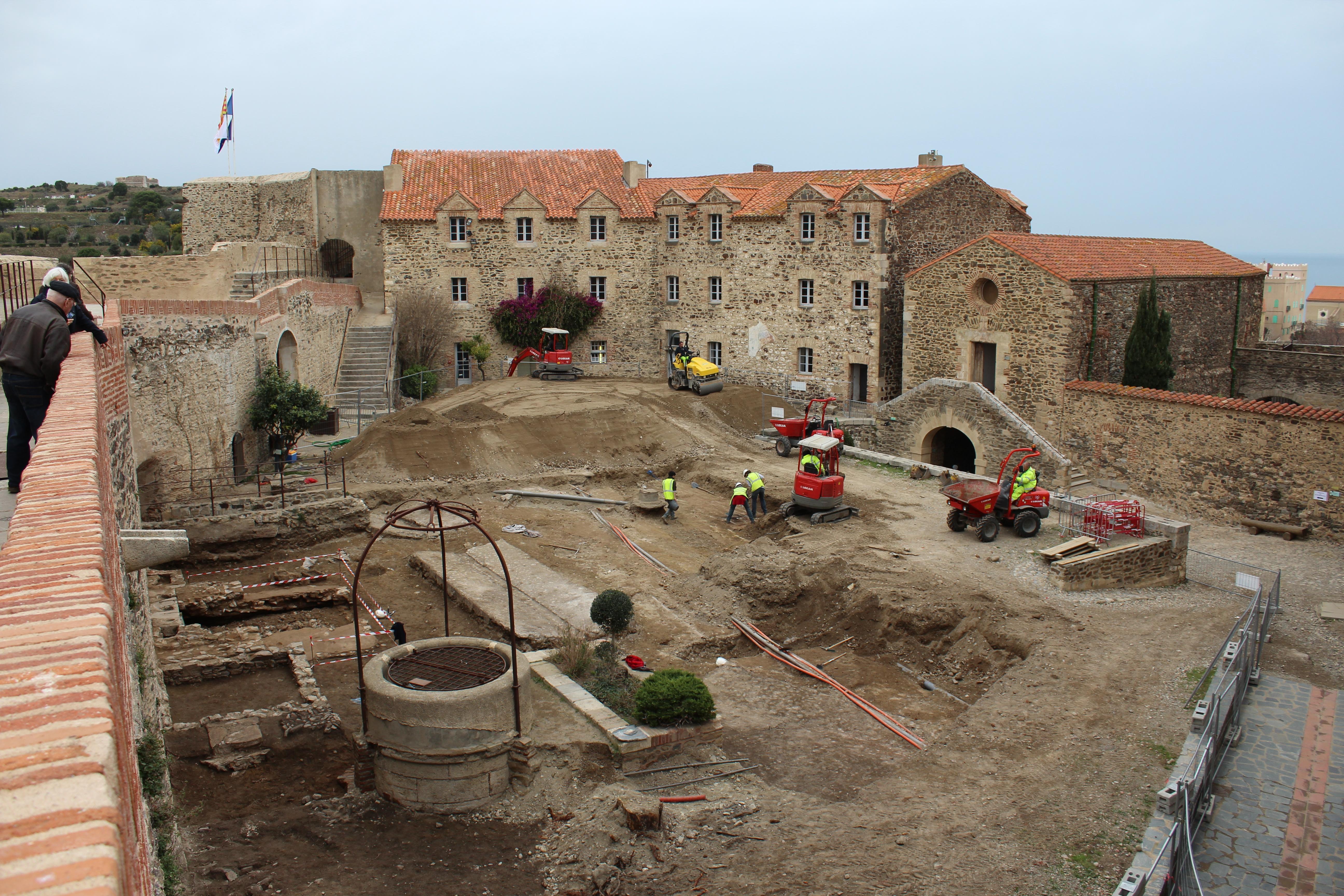 Visitez les fouilles arch ologiques du ch teau royal de - Chateau royal collioure ...